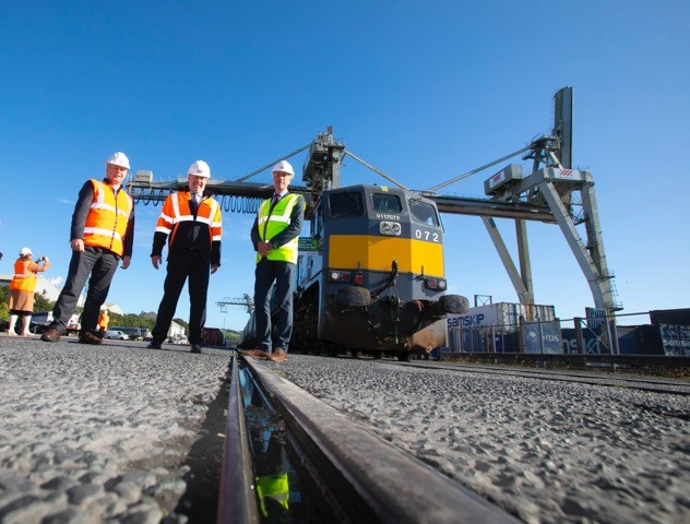 Iarnród Éireann and XPO Logistics begin new rail freight service betweenPort of Waterford and Ballina